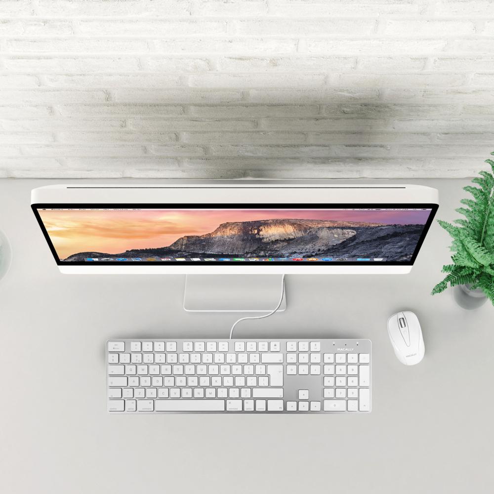 27f7c59701a 104 key ultra slim USB keyboard for Mac – British English. Full size